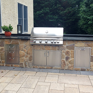 Custom outdoor kitchen in delaware county